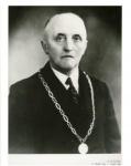 Burgemeester Scholtens, Kloosterburen